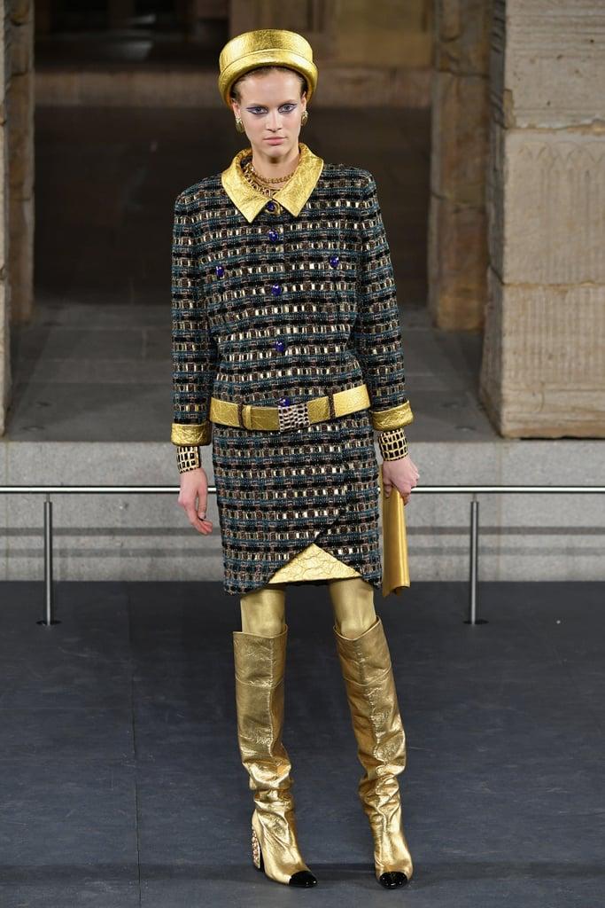 عرض أزياء مجموعة dArt Metiers من شانيل في نيويورك