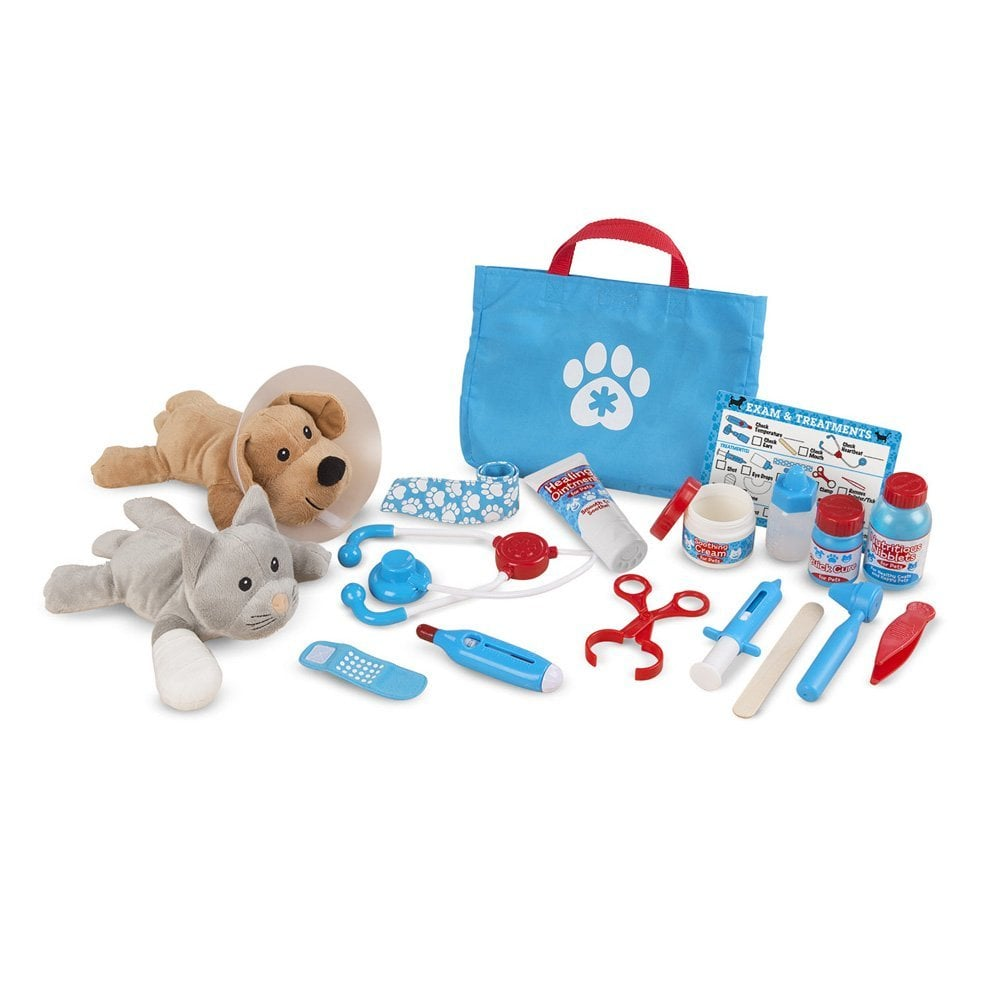 Melissa & Doug Examine and Treat Vet Play Pet Set