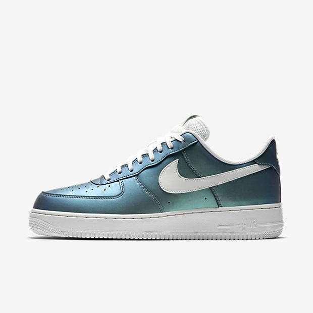 We can't get enough of the iridescent sheen on these Nike ...