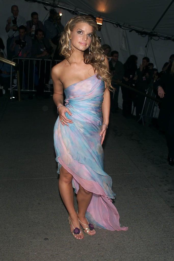 Jessica Simpson —2001