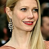 With smooth side-swept strands and bright red lipstick, Gwyneth channeled the look of a modern Old Hollywood starlet at the 2007 Oscars.