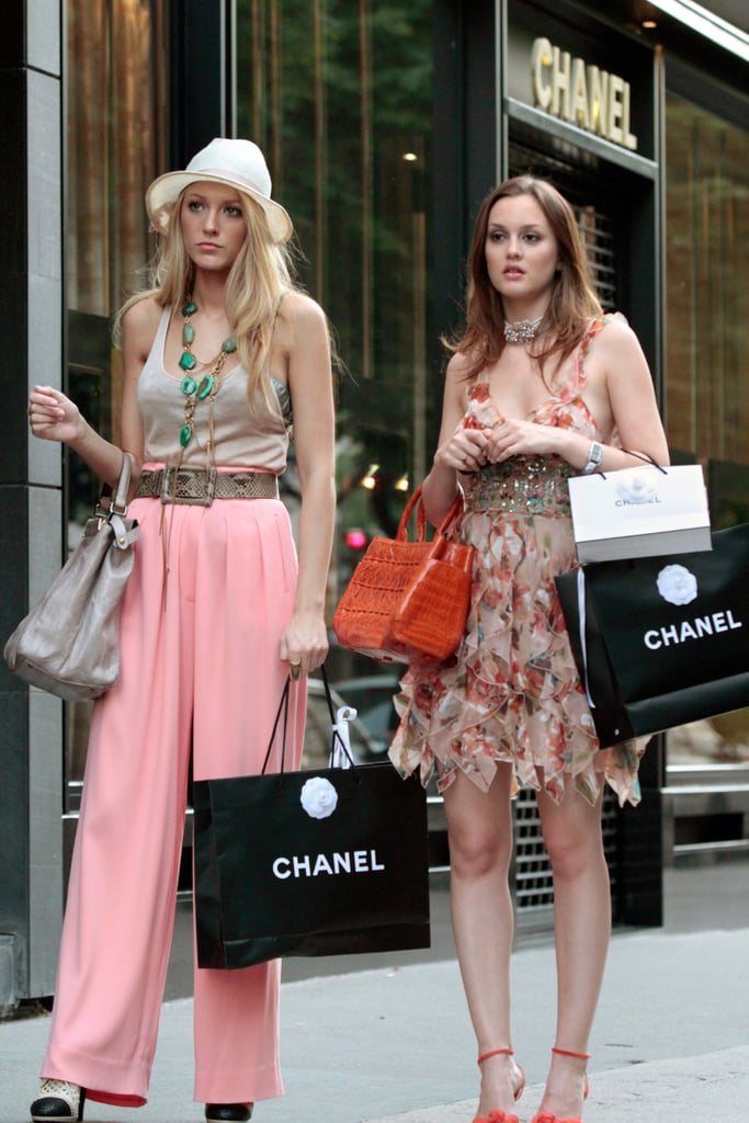 Serena van der Woodsen Wearing a Pair of Wide-Leg Pink Pants