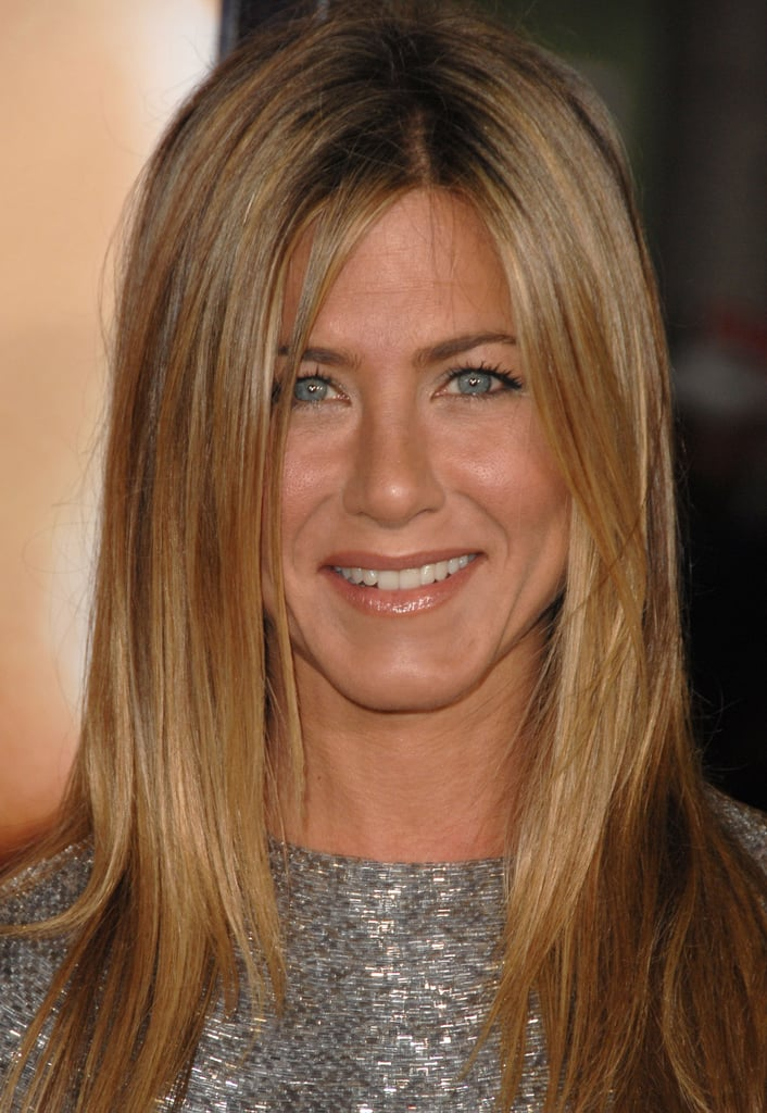 Jennifer Aniston With Dark Blonde Hair
