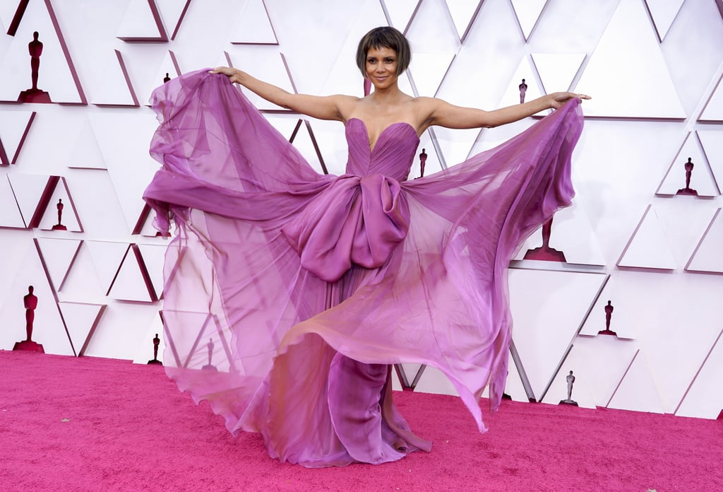 There's no better place to debut a new look than at the Oscars, right? On 25 April, Halle Berry popped up on the red carpet wearing a fabulous purple Dolce and Gabbana gown and a head-turning new haircut. The stunning actress and Oscar presenter flaunted her new A-line microbob with microbangs completed by stylist Sara Seward, and it immediately had the crowd in awe.  Berry shared a photo from the results of her haircut on her Instagram Story earlier in the evening and all we can say is she did that. It's been quite some time since we've seen her with a short hairstyle, as she's been rocking shoulder-length hair with sweeping bangs recently, but this haircut is as major as it gets. Check out photos of Berry's new look at the Oscars ahead.       Related:                                                                                                           A Round of Applause For the Best Celebrity Beauty Looks From the Oscars