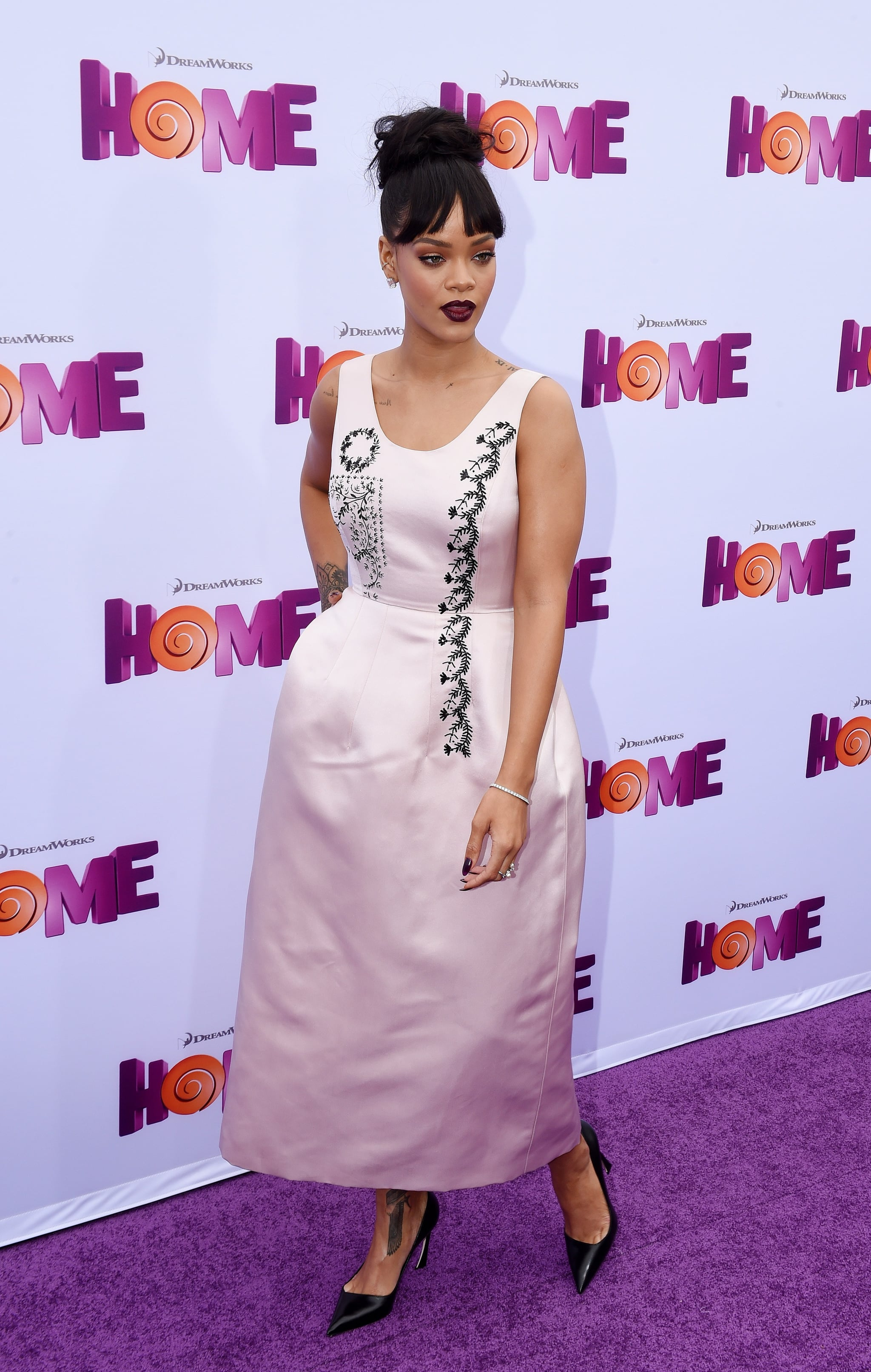 Rihanna In Dior At The Home Premiere 16 Breathtaking Dior Looks You Can Thank Raf Simons For Popsugar Fashion Photo 10
