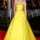 Elizabeth Banks wowed in a bold Jason Wu gown and Brian Atwood platform sandals at the world premiere in London.