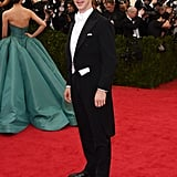 Liu Wen's train brought a lot of green into Benedict Cumberbatch's photo.
