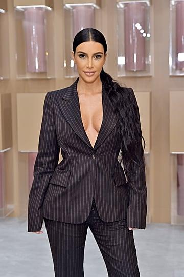 Kim Kardashian Sleeps in Makeup 2018