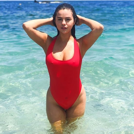 Sexy Selena Gomez Bikini Pictures