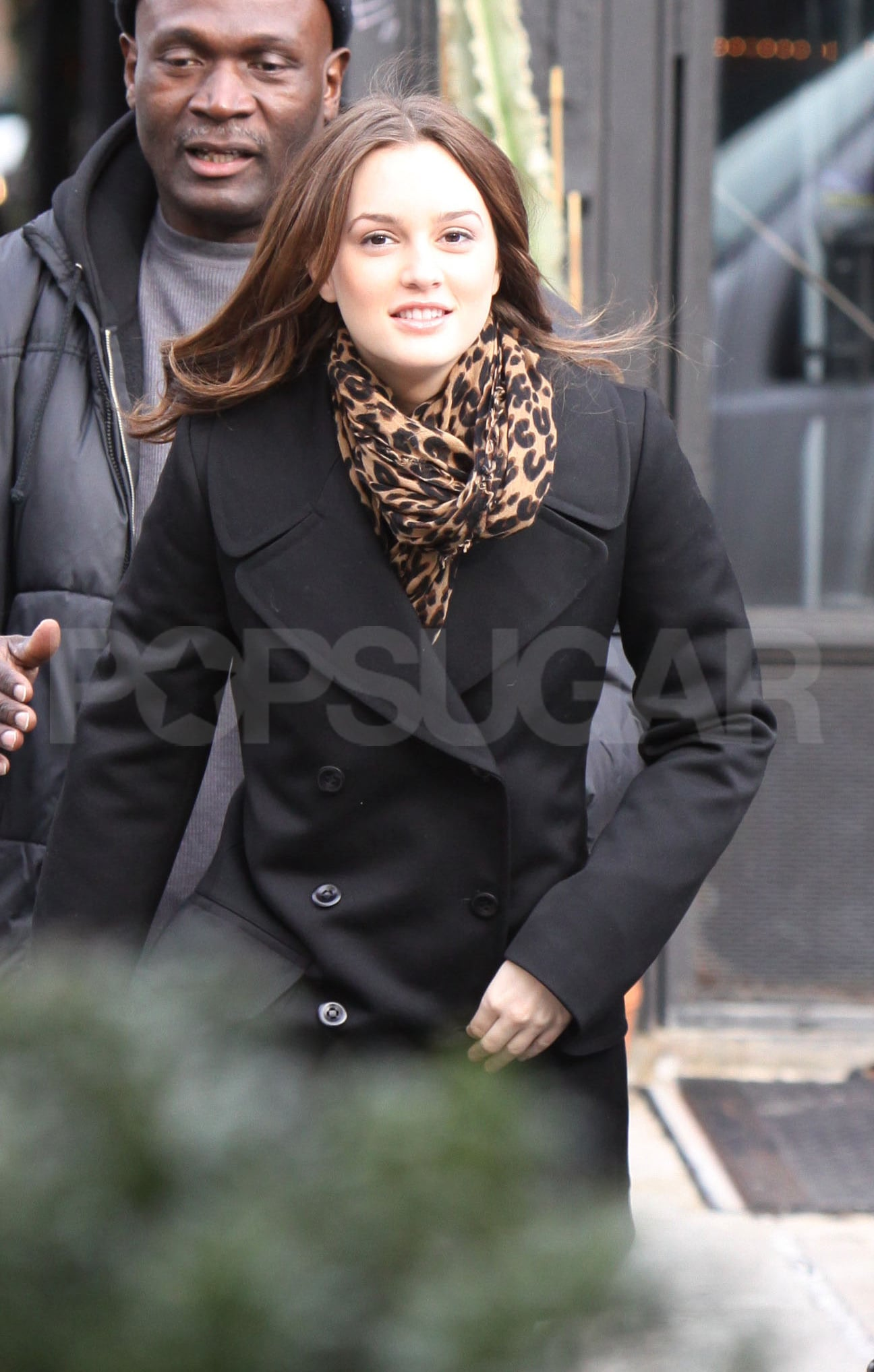 photos of the gossip girl cast filming season 3 in new