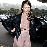 Jessica Alba wore a black leather jacket when she arrived in South Korea.