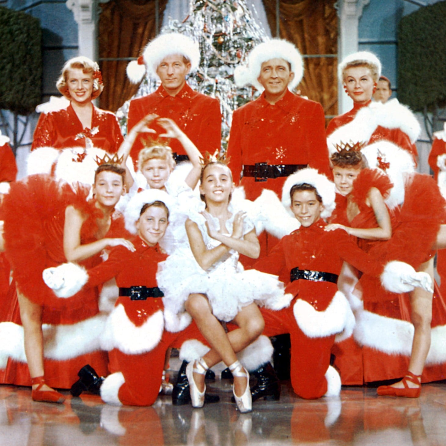 White Christmas In Theaters.White Christmas In Movie Theaters December 2018 Popsugar