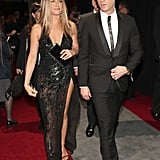 Jennifer Aniston's sexy Versace dress at the 2017 Oscars called for a simple, classic open sandal.