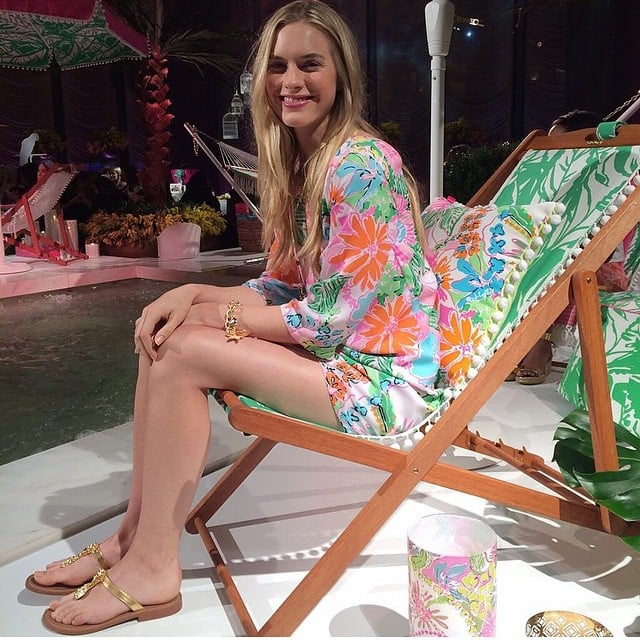 Matchy-matchy with the beach chair.
