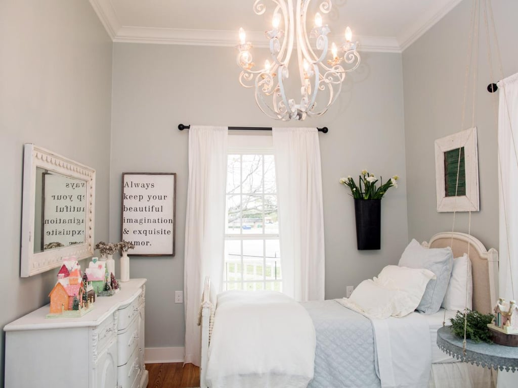 encouraging phrases - Joanna Gaines Bedroom