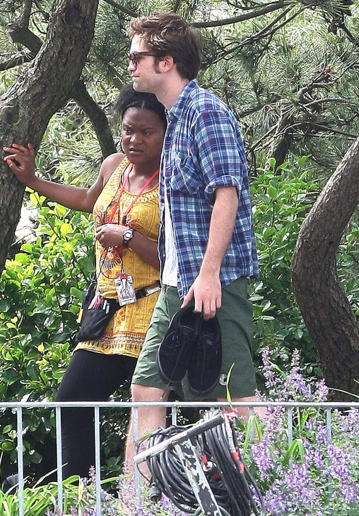 22/06/2009 Robert Pattinson and Emilie De Ravin Kissing For Remember Me