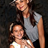 Both Katie and Suri flashed some cute grins while posing backstage at Finding Neverland in July 2016 in NYC.