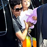 Pictures of Halle Berry and Nahla Aubrey 2010-07-25 19:51:40