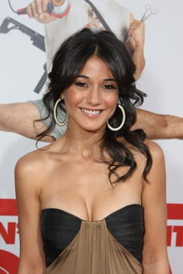 Emmanuelle Chriqui Interview: The Entourage Actress on Makeup, Hair, and Beauty