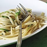 Garlicky Rocket Pasta