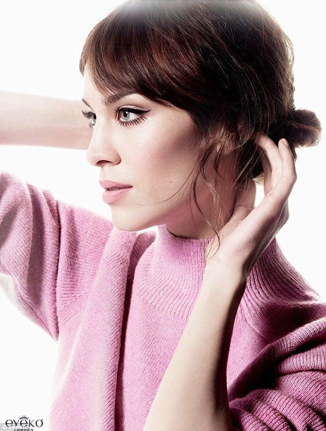 Alexa Chung Eyeko Cateye Makeup Tutorial Video Popsugar Beauty