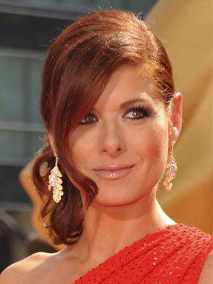 Photo of Debra Messing at 2009 Primetime Emmy Awards 2009-09-20 16:02:12