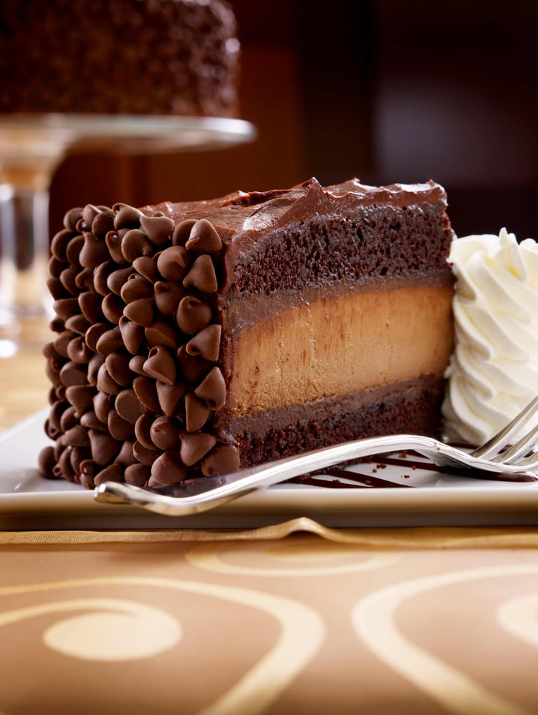 The Cheesecake Factory Is Delivering FREE Reese's and Hershey's Slices For Halloween!