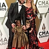 Thomas Rhett, Willa Gray Akins, Ada James Akins, and Lauren Akins at the 2019 CMA Awards