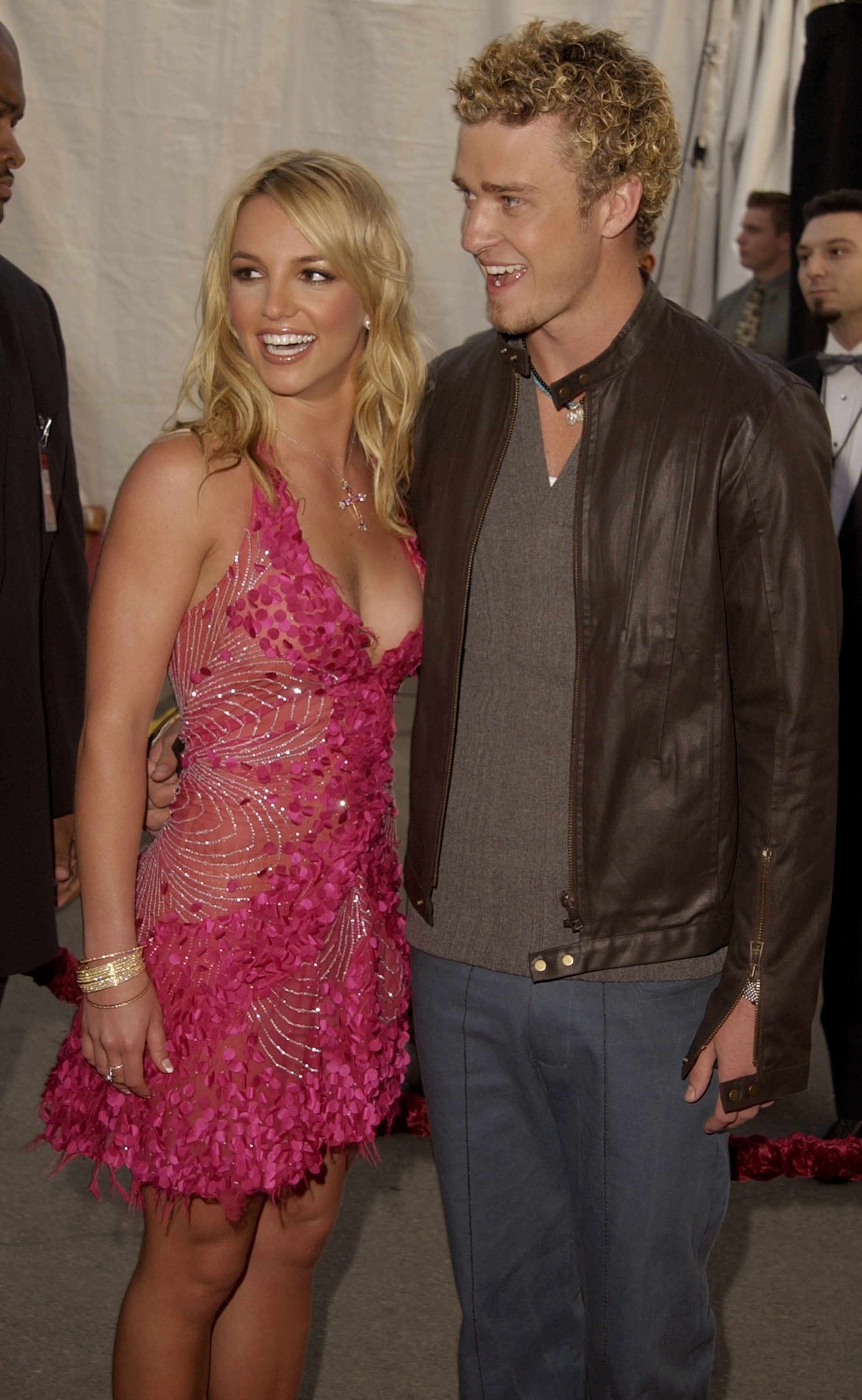 Britney Spears And Justin Timberlake At The 2002 American Music Awards A Blast From The Musical Past Look Back At The Best Amas Moments Yet Popsugar Celebrity Photo 20