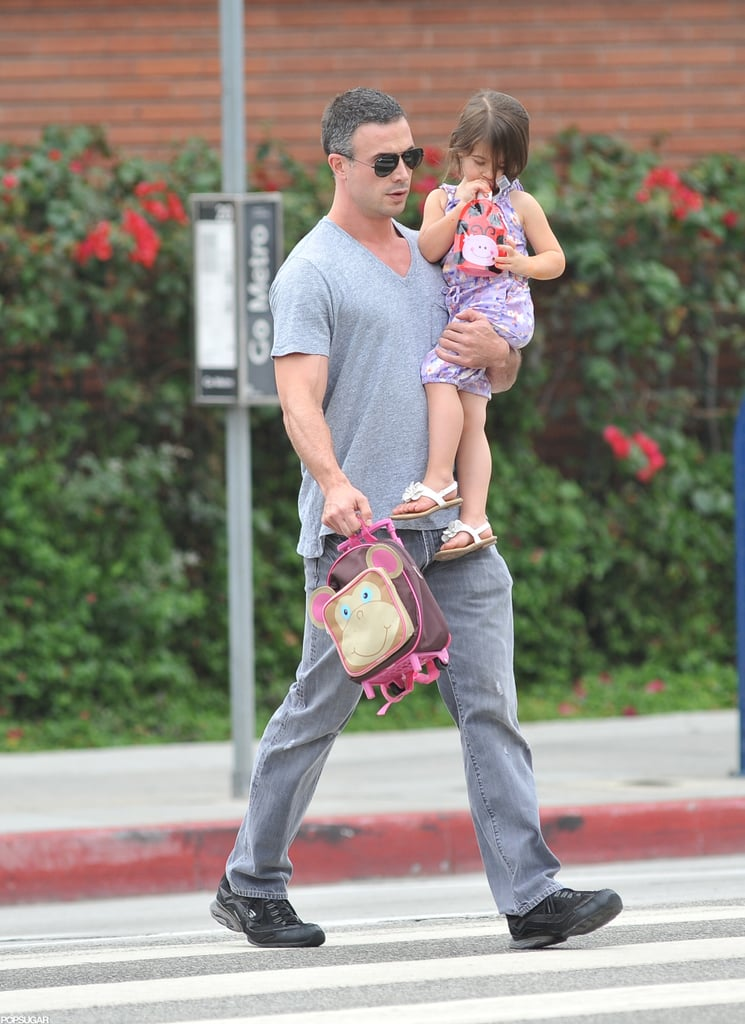 Freddie Prinze Jr. carried his daughter Charlotte.