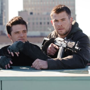 Chris Hemsworth in Red Dawn Pictures