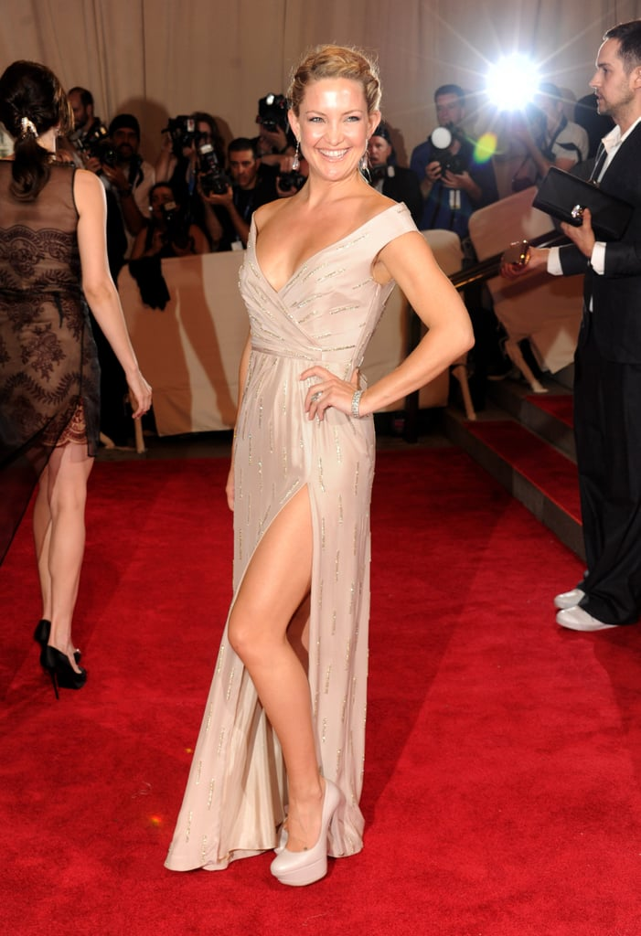 Pictures of Kate Hudson in Stella McCartney at the 2010 Met Costume Institute Gala