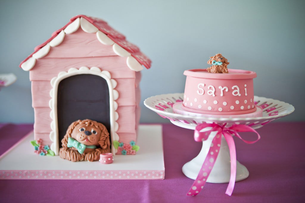 A Puppy Party Cake