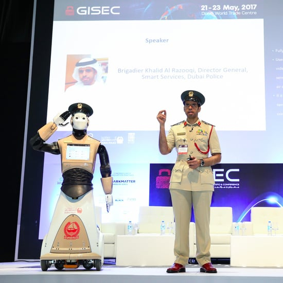 Dubai Police Sends Out First Robot Policeman