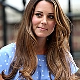 While everyone is focusing on Kate Middleton's amazing blowdry skills (well, her stylist's!), we couldn't help but notice that her brunette hair colour is also one to envy. Her highlights frame her face from root to tip.
