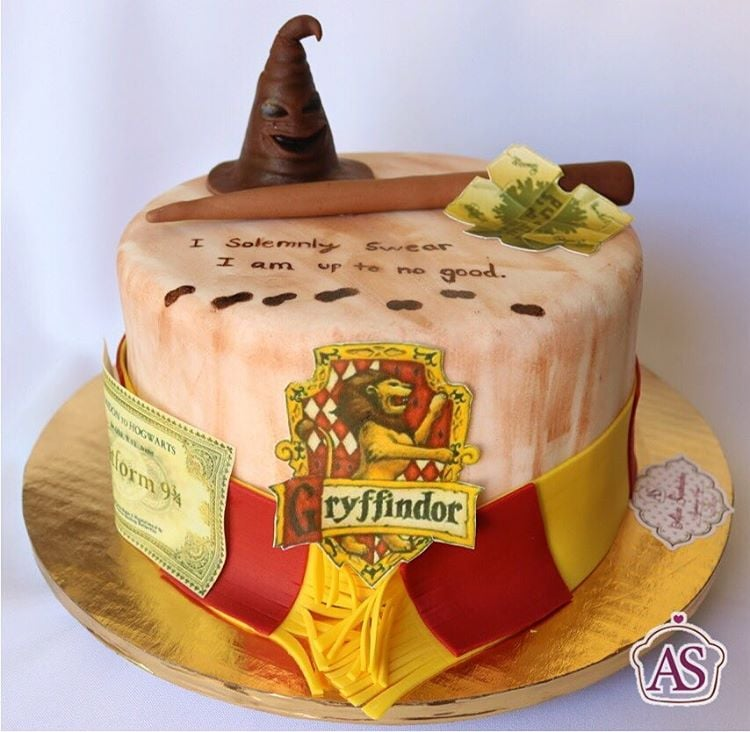Harry Potter Birthday Cakes For Kids Popsugar Family