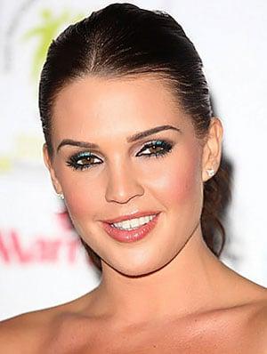 Danielle Lloyd Makeup