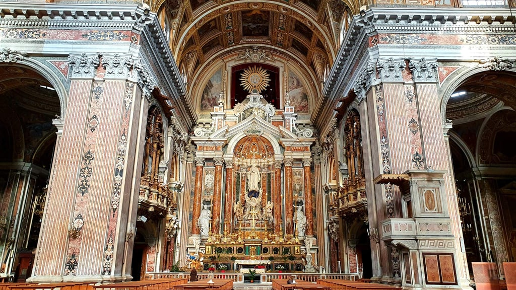 Discover Mysterious Secrets of Medievel Italian Churches in Naples