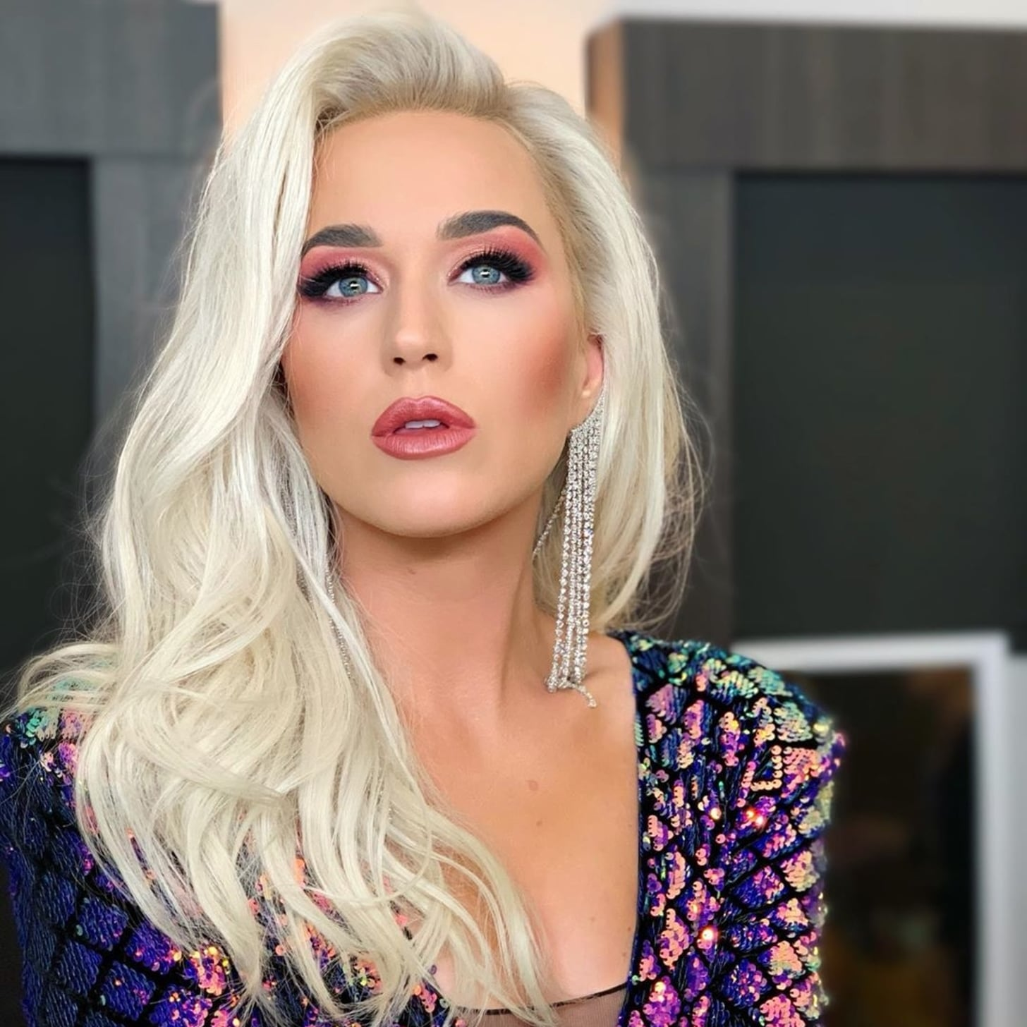 Katy Perry With Shoulder Length Platinum Blond Hair May 2019 | POPSUGAR Beauty UK
