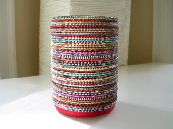 Zipper Vase | 221 Upcycling Ideas That Will Blow Your Mind ...