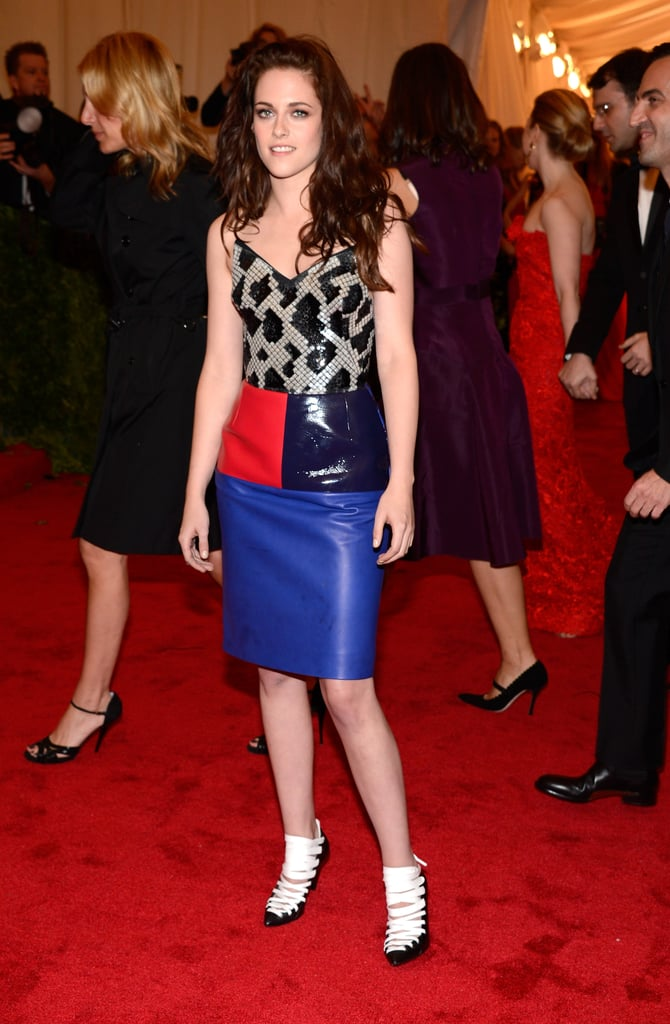Kristen Stewart  wore a Balenciaga design to the Met Gala.