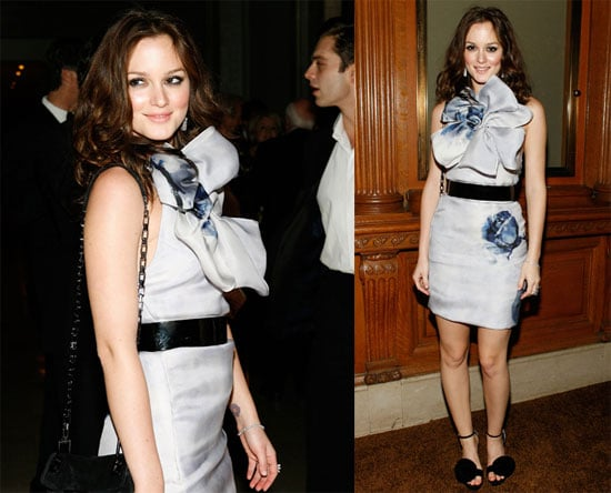 Photos of Leighton Meester at the NYC Public Library 2009-11-03 09:44:59