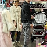 Pictures of Jennifer Lopez and Marc Anthony Doing Last-Minute Holiday Shopping