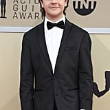 Gaten Matarazzo's Straight Hair at the 2018 SAG Awards