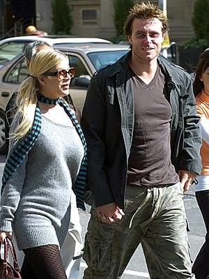 Tori Spelling Confirmed Pregnant... Again