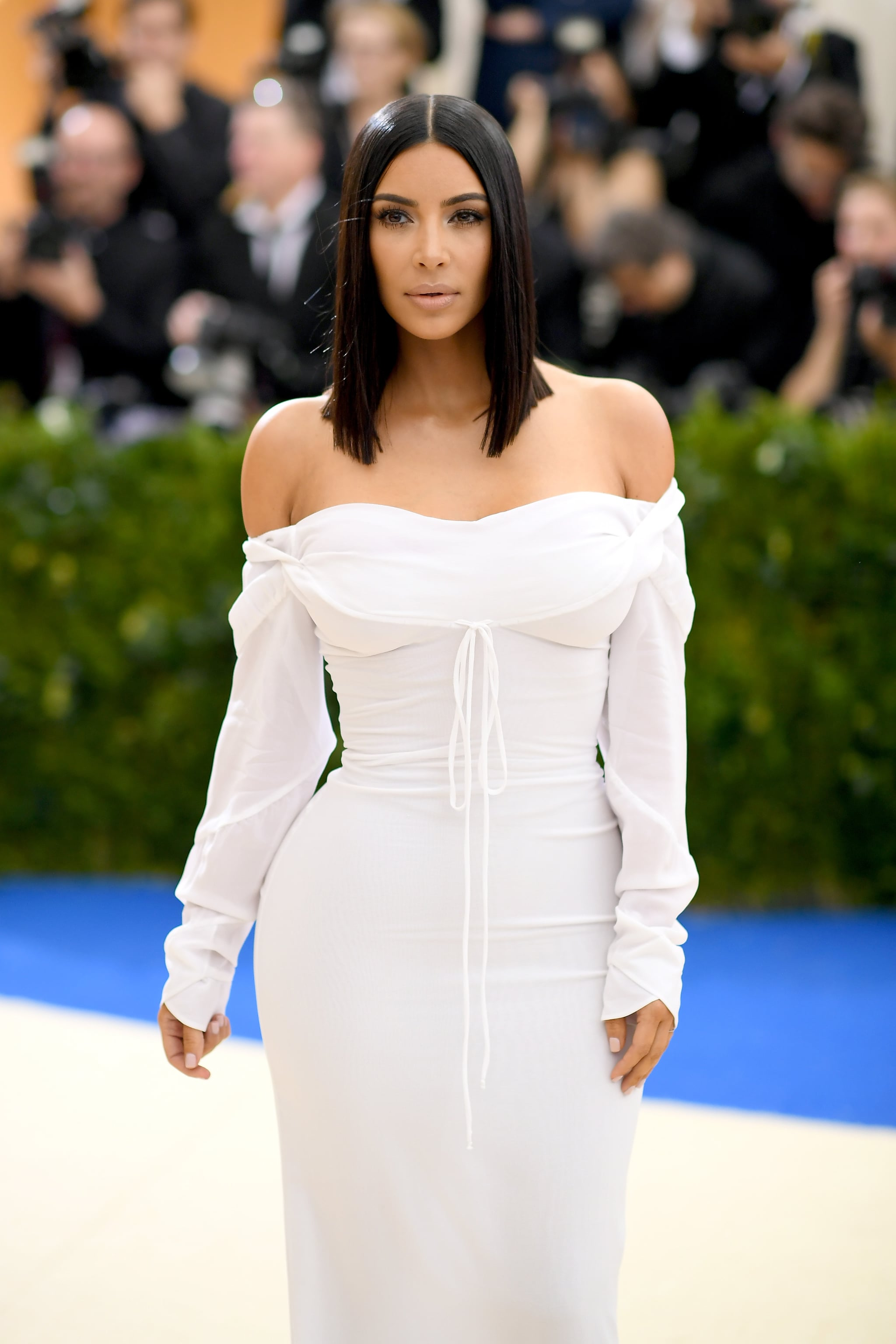 Kim Kardashian Hair And Makeup At The Met Gala 2017