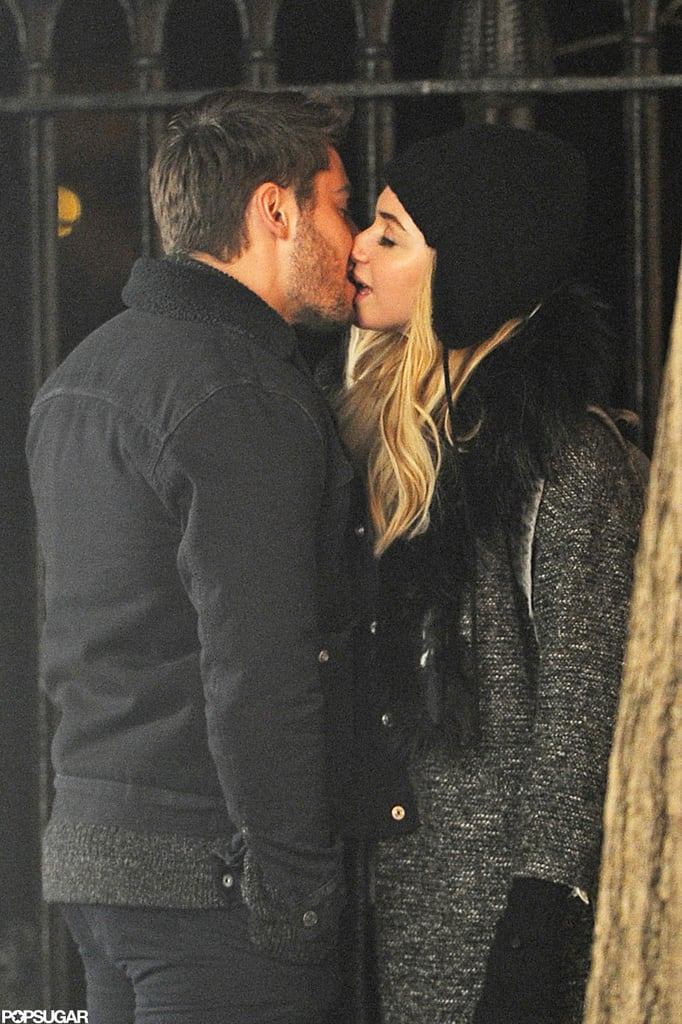Imogen Poots and Zac Efron filmed a kissing scene in NYC.