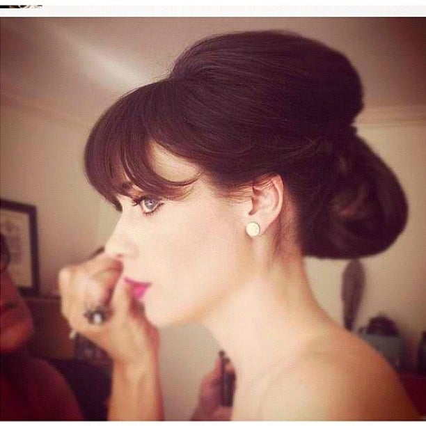 Zooey Deschanel gave us a peek into her pre-Emmys hair and makeup world. Source: Instagram user zooeydeschanel
