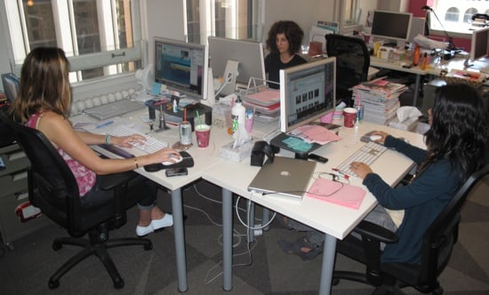 International Herald Tribune Writer Suzy Menkes Reads Blogs Doesn't Have Time For Twitter