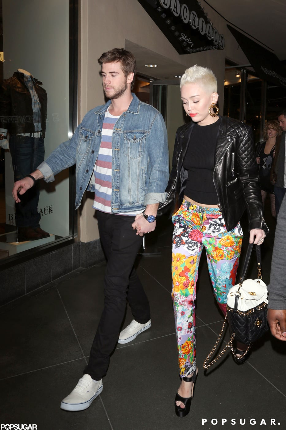 Miley Cyrus and Liam Hemsworth walked hand in hand to Noah's birthday.
